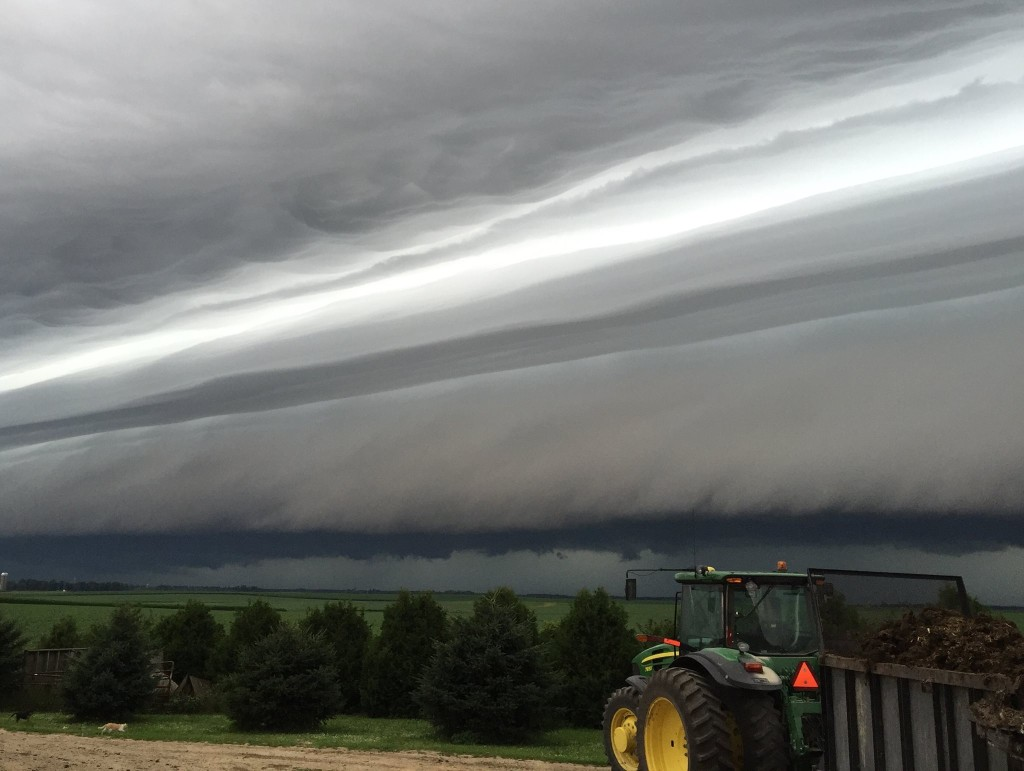 My friends picture that she took this morning of the storm cloud